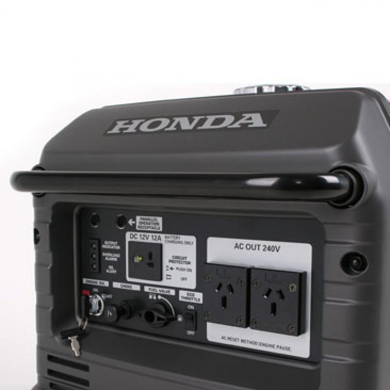 Honda EU30is Generator
